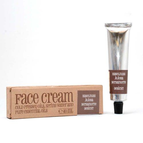 Haselnuss Jojoba Bergamotte Gesichtscreme - Sapunoteka auf extrabellezza.com